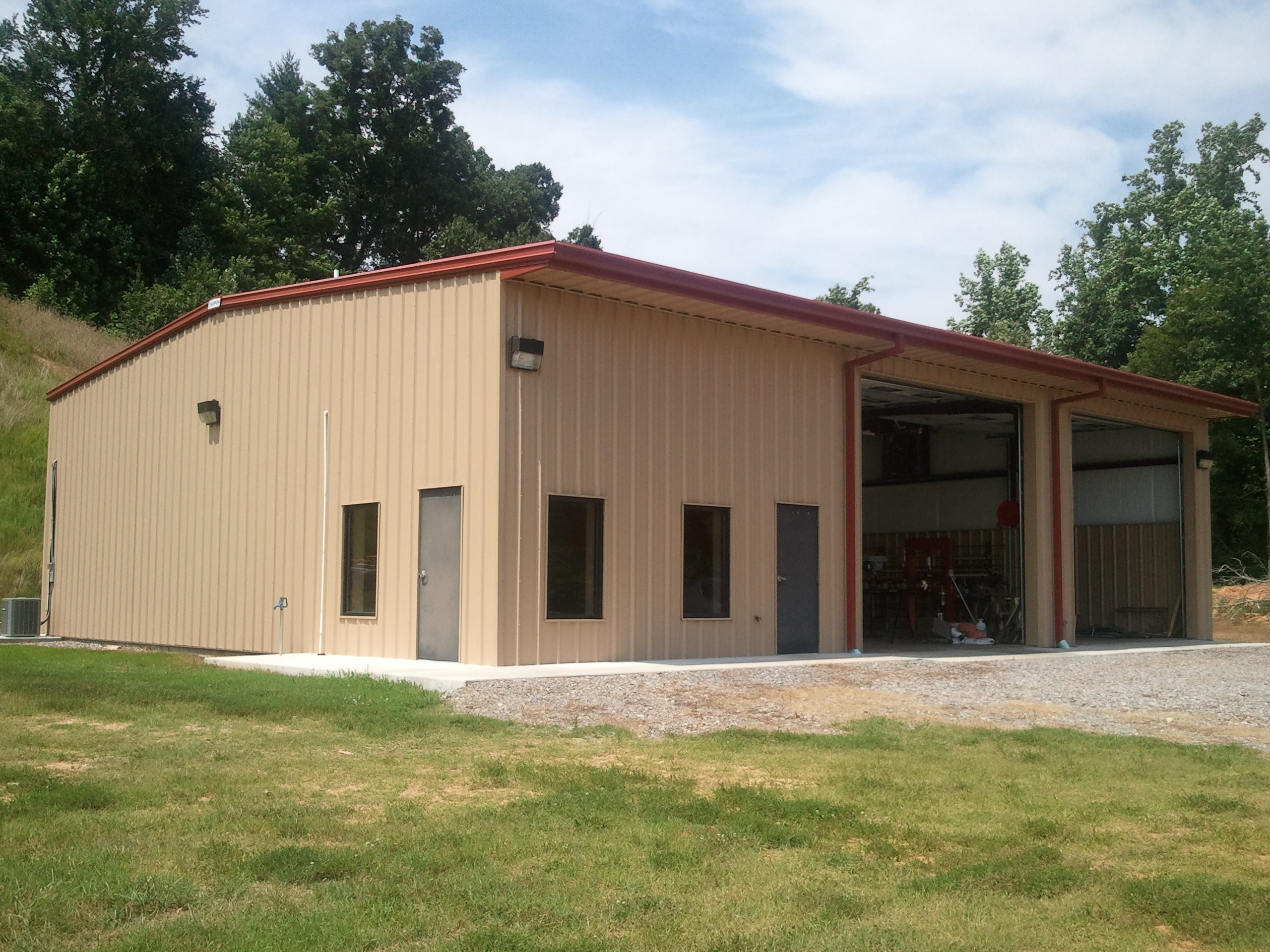 Construction Of Steel Buildings: Commercial Metal Buildings
