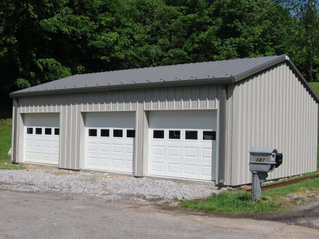 Metal garage buildings apartment residential workshop for Metal garage apartment
